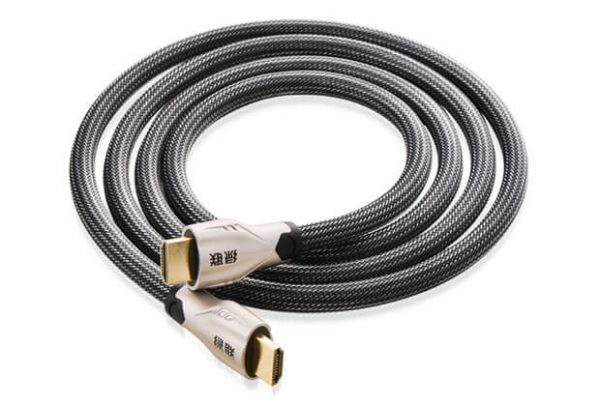 HDMI cable metal connector with nylon braid